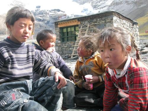Tibet Tour - Kids Begging