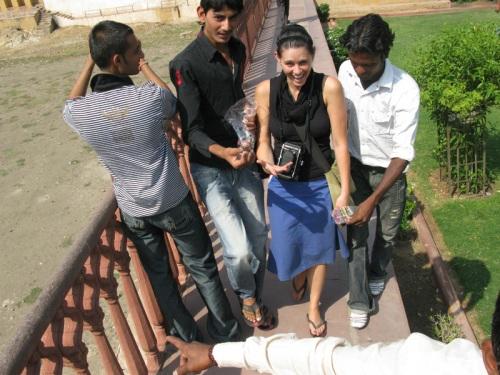 girl gets mauled - Jaipur, India