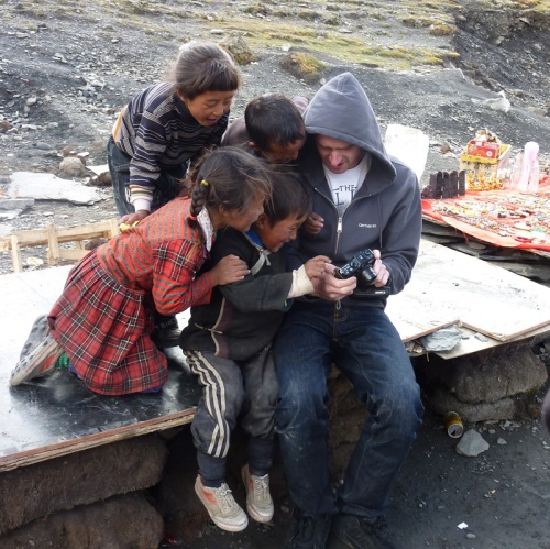 Tibet Tour - Kids Begging Kovacs